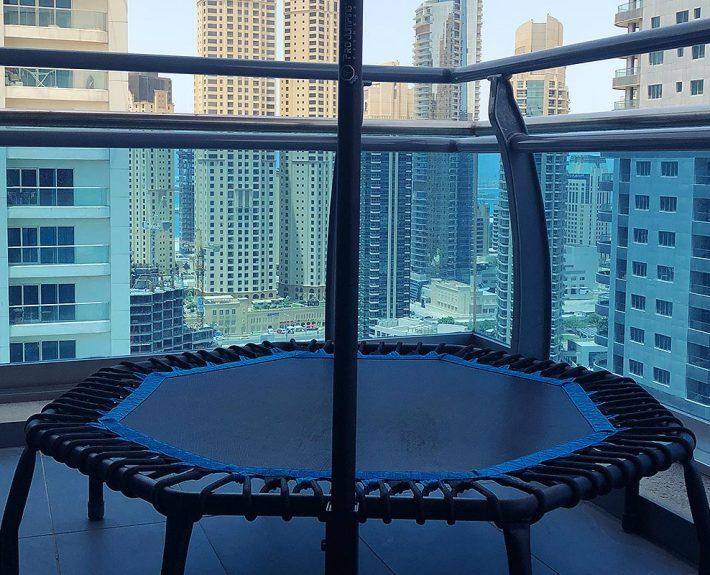 trampoline-blue-city